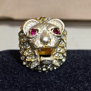 Tibetan Gold Lion Charm Bulky Ring Size: 9